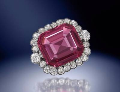 b2ap3_thumbnail_The-Hope-Spinel.jpg
